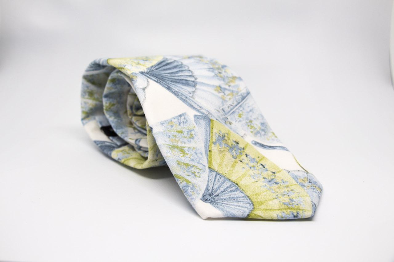 corbata abanicos